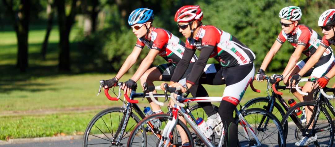 How To Cycle Alone Or In A Group