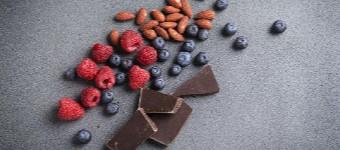 10 Flat-Belly Snacks