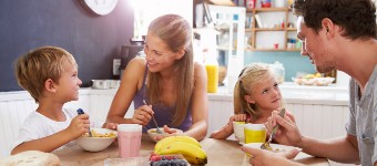 Top 10 Tips To Help Your Kids Eat More Healthily