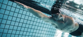 Freestyle Swimming Technique - The Benefits Of Keeping A Still Head