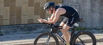 How To Train Yourself To Adopt A More Aerodynamic Position On The Bike