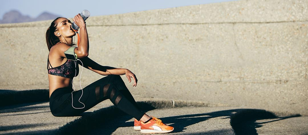 What Should Runners Eat And Drink During Training?