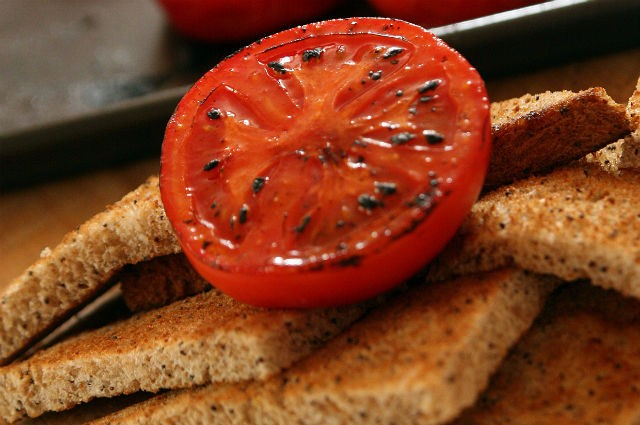 An image of Nutritious Devilled Tomatoes On Toast Recipe