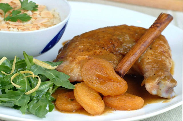 An image of Healthy Algerian Chicken Tagine With Apricots Recipe